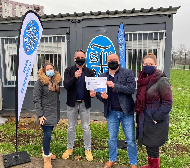 Spendenübergabe in Fechenheim